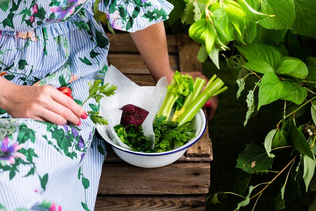 garde, beetroot, celery, parsley, foodphotography